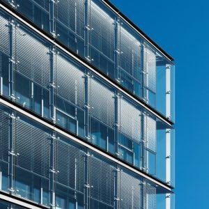 ŻALUZJE FASADOWE Producent żaluzji fasadowych zewnętrznych, żaluzje zewnętrzne aluminiowe stalowe, żaluzje fasadowe typ C, Z, S, fasadówki 15