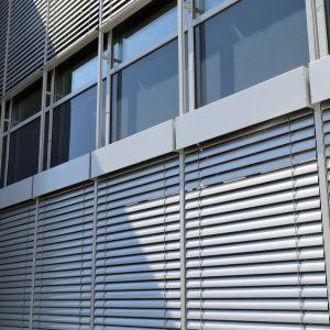 ŻALUZJE FASADOWE Producent żaluzji fasadowych zewnętrznych, żaluzje zewnętrzne aluminiowe stalowe, żaluzje fasadowe typ C, Z, S, fasadówki 33