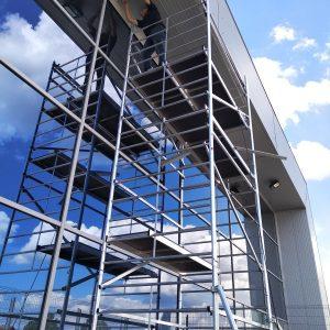 ŻALUZJE FASADOWE Producent żaluzji fasadowych zewnętrznych, żaluzje zewnętrzne aluminiowe stalowe, żaluzje fasadowe typ C, Z, S, fasadówki 44