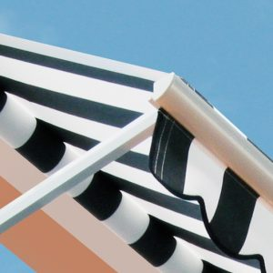 MARKIZA Producent markiz, markiza tarasowa ogrodowa, markiza balkonowa, markiza elektryczna, markiza w kasecie, markiza na pilota, markiza pionowa, markiza z reklamą logo 59