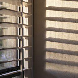 OKIENNICE SHUTTERS Okiennice wewętrzne, okiennice shutters drewniane, shutters PCV, shutters faux wood, okiennice ruchome lamele przesuwne - 29