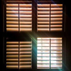 OKIENNICE SHUTTERS Okiennice wewętrzne, okiennice shutters drewniane, shutters PCV, shutters faux wood, okiennice ruchome lamele przesuwne - 30