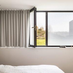 SQUID Folia na szybę, tkanina na szybę, roleta naklejana na szybę - okno, Roletix producent rolet, żaluzji, moskitier, plis, żaluzji fasadowych, rolet rzymskich -4