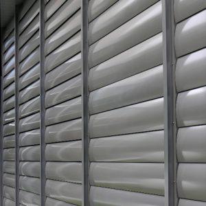 SUNBREAKER ŁAMACZE ŚWIATŁA Żaluzje zewnętrzne aluminiowe, łamacze światła. Producent sunbreaker łamaczy światła. Żaluzje biurowe fasadowe 7